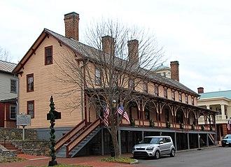 Jonesborough Historic District - Image: Chester Inn 2