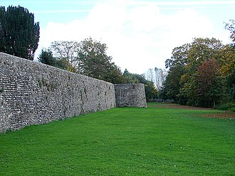 Noviomagus Reginorum - Chichester City Walls. The Roman walls were heavily modified in the Middle Ages, and the facing stones are the result of 19th century restoration.