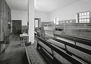 Chichester Friends Meetinghouse - Image: Chichester interior