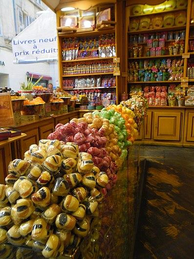 Choupettes dans une confiserie d'Avignon.jpg