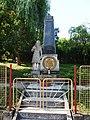 Chrastavec, pomník I. sv. válka.jpg