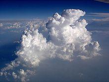 Хмари з вікна літака