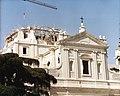 Construcción de la catedral (1992).jpg