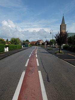 Coudekerque-Village - Rue principale - 1.JPG