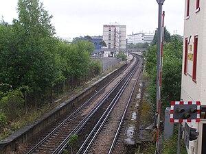 Crawley railway station - Image: Crawley station 2008