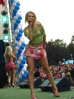Cristina Rus performing in Blondy duo.jpg