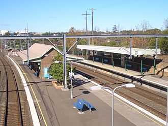 Croydon railway station, Sydney - Eastbound view in May 2007