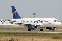Een Airbus A319 van Cyprus Airways