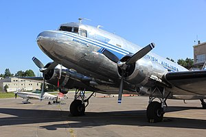 Aircraft livery - A Douglas DC-3 in a bare metal livery