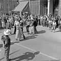 Dancing in the street (18963493974).jpg
