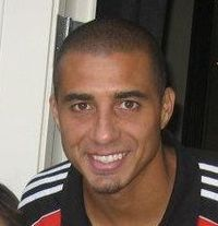 David Trezeguet (cropped).jpg