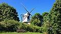 Die Bergmühle in Flensburg erbaut im Jahr 1792. Ihren letzten Dienst hatte die Mühle im Jahr 1956. Anfang der 80iger wurde der Verfall der Bergmühle durch den Verein Bergmühle e.V. verhindert. Die Bergmühle ist di - panoramio.jpg