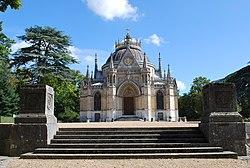 Domaine de la chapelle royale Saint-Louis.jpg