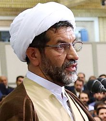 Dr Hamid Parsania Speaking in the Precense of Ayatollah Ali Khamenei (3).jpg