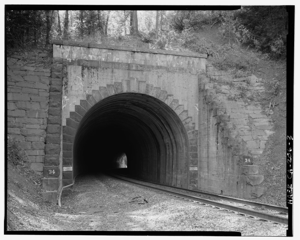 East portal of Tunnel 34, view to south-southwest, 135mm lens with electronic flash fill. Note the shift, in these later tunnels east of Colfax, to concrete portal faces with HAER CAL,31-COLF.V,1-3
