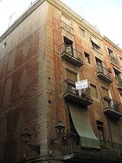 Edifici del carrer Hospital 74.jpg