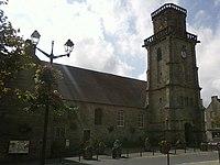 Eglise Saint-Michel de Lesneven.jpg