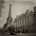Eiffel Tower from Quai Branly, Paris April 2011.jpg