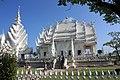 El templo principal,donado por un de los artistas mas importante nacido en chiang mai - panoramio.jpg