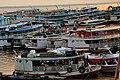 Embarcações no Porto de Manaus.jpg