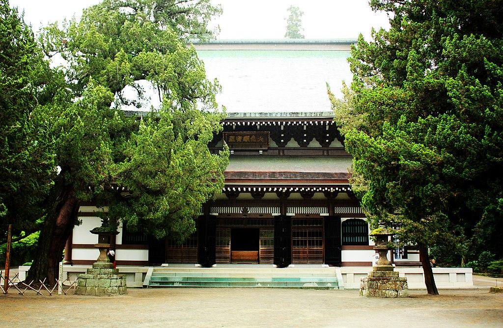 Engakuji temple, Kamakura (3801183345)