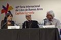 Entrevista a Quino en la inauguración de la 40ª Feria Internacional del Libro de Buenos Aires (13999499131).jpg