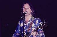 Eric-Stewart 1976.jpg