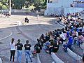 Estudantes de escolas públicas durante teatro sobre violência sexual contra menores na Praça da Estação, Coronel Fabriciano MG.JPG