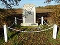 FR 17 Yves — Stèle de la Colline des Cent Journaux.JPG