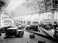 Feira do automóvel no antigo palácio de Cristal, no início da década de 1930 (Alvão) (9289639943).jpg