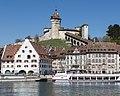 Festung Munot mit dem Rhein.jpg