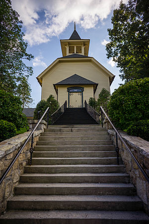 First Presbyterian Church (Highlands, North Carolina) - Image: First Presbyterian Church, 471 Main St,, Highlands, NC 02