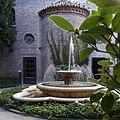 Fontana del giardino.jpg