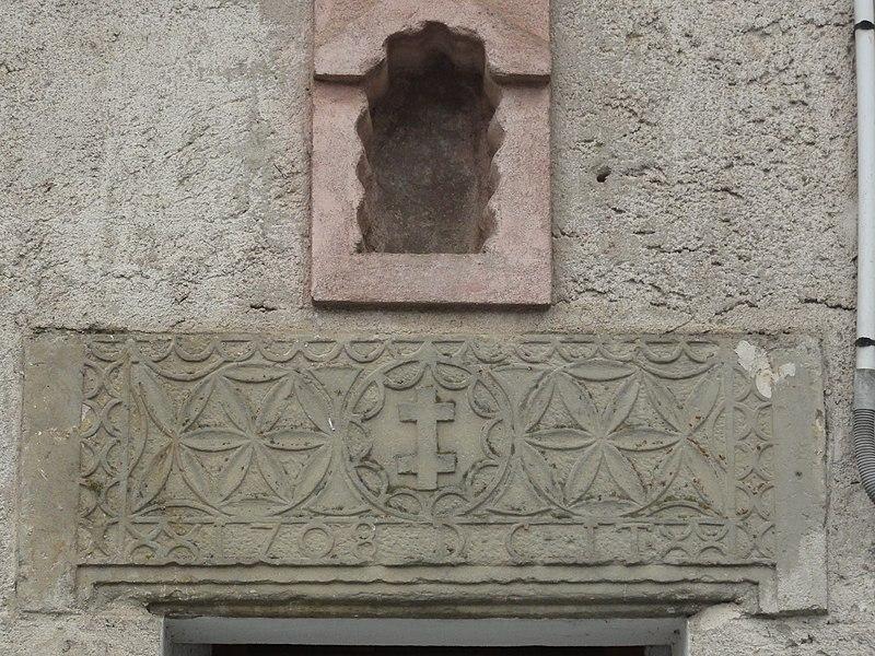 Fontenoy-la-Joûte (M-et-M) relief façade maison