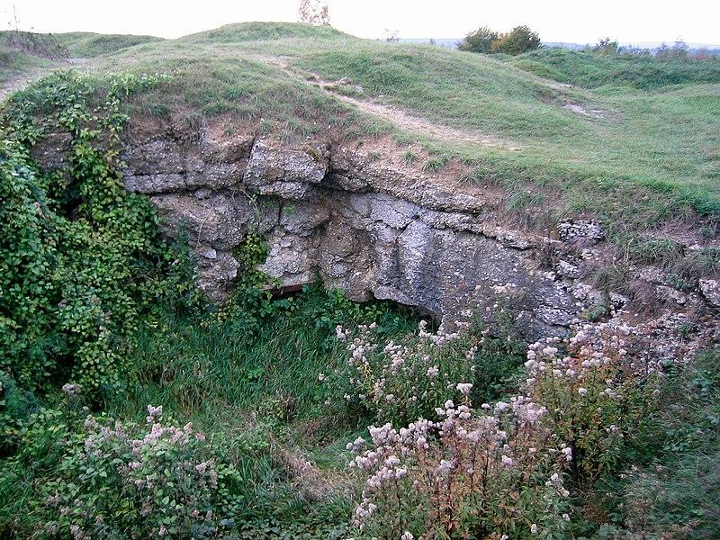 Fort de Douaumont - Partie détruite, laissant apparaître l'épaisseur de la structure