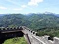 Fortezza delle Verrucole mura con bastioni e panorama 2.jpg