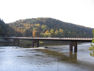 Pennsylvania Route 58 - The Foxburg Bridge carries PA 58 over the Allegheny River between Armstrong and Clarion County.