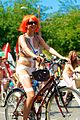 Fremont Solstice Cyclists 2013 04.jpg
