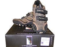 - 220px GEOX Schuhe mit Karton 4 - Geox S.p.A. – Technologische Innovation, Design und ein unverkennbarer Stil