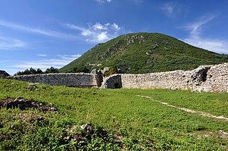 Gardiki Castle, Corfu - Image: Gardiki Castle