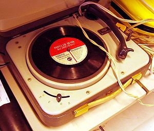 Teen idol - Portable phonograph