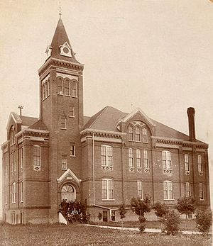 Griggs County Courthouse. Photographed in 1892.