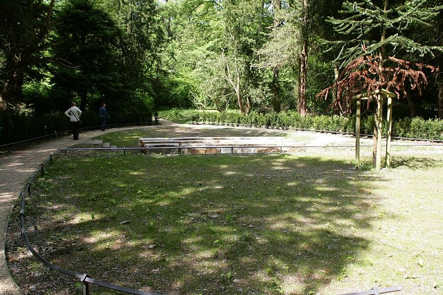 Herten - Schlosspark - Theaterplatz 02 ies