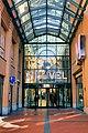 Heuvelgalerie, ingang Eindhoven - Centrum 1803-49.jpg