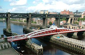 Swing Bridge, River Tyne - Image: High Level Bridge and Swing Bridge Newcastle Upon Tyne England 14082004