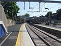 Highbury & Islington stn North London Line look east June 2010.jpg