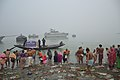 Hindu Devotees Taking Holy Dip In Ganga - Makar Sankranti Observance - Baje Kadamtala Ghat - Kolkata 2018-01-14 6516.JPG