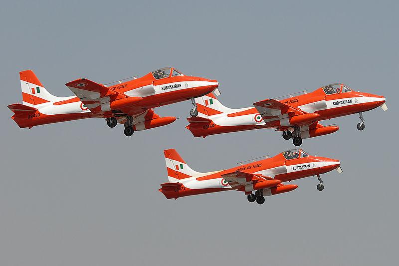 Fichier:Hindustan HJT-16 Kiran II Krivchikov 2007.jpg