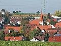 Hirschlanden mit St. Oswald-Kirche.jpg