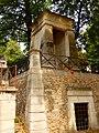 Hrobka rodiny Gasparda Monge, hřbitov Pere-Lachaise, Paříž.jpg